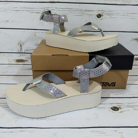 776efda66 TEVA Universal Flatform Platform Iridescent Sandal